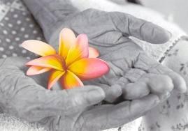 Estudos investigaram o impacto da incontinência urinária na qualidade de vida de idosos e concluíram que os incontinentes apresentavam-se mais deprimidos e percebiam pior sua qualidade de vida que os continentes.